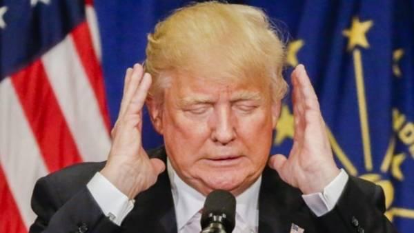 Trump rechaza dimitir por trato denigrante a mujeres