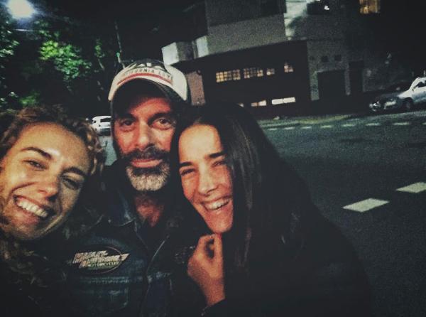 Juana Viale apareció con un motoquero