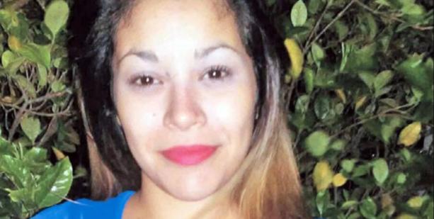 La violaron entre cinco hombres y la amenazan de muerte