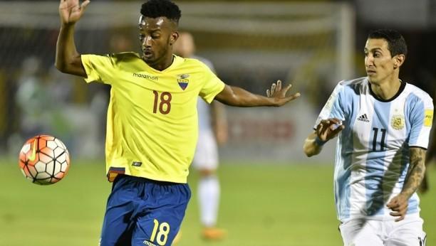 Cinco jugadores de Ecuador sancionados por indisciplina antes del partido ante Argentina