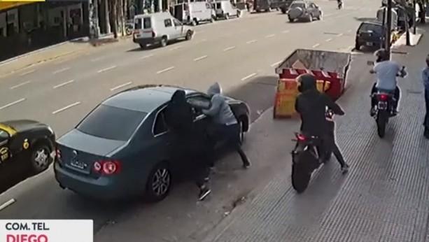Así le robaron a Jorge Rial dos motochorros