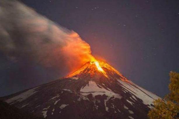 Alerta amarilla en Chile por actividad en el volcán Villarrica