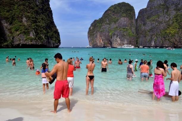 Cierran la playa donde Di Caprio filmó la película