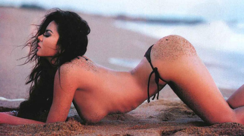 Jelinek Anticipó Al En Verano Se 24con Bikini SMGjUVpLqz